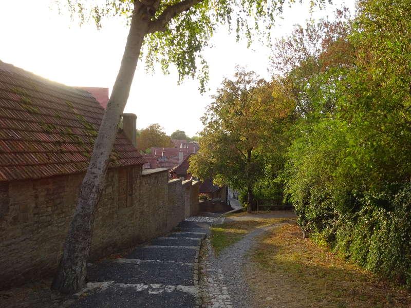 Rund um Dettelbach an der Stadtmauer entlang