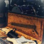 Gitarre der Monkey-Man-Band am Singles Treff in Dettelbach