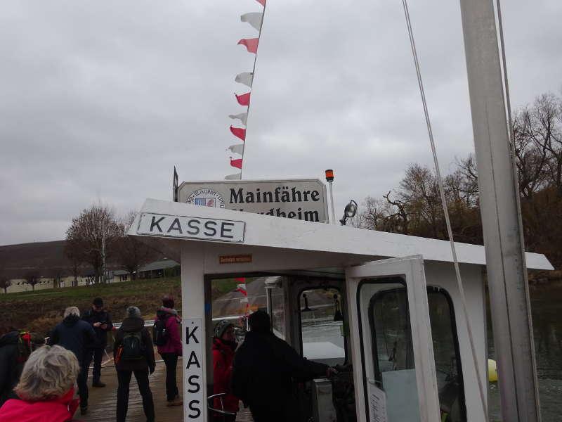 Mainfähre Nordheim Weininsel Singles Wandern