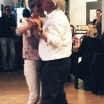 Sonja tanzt zur Live Musik Monkey Man Band in Dettelbach Singles Tanzabend