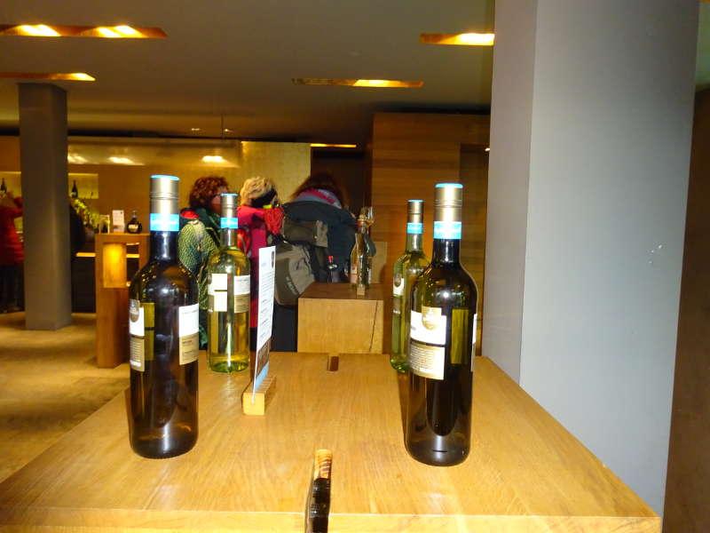 Weinreich Besichtigung auf Single Wanderung Weininsel
