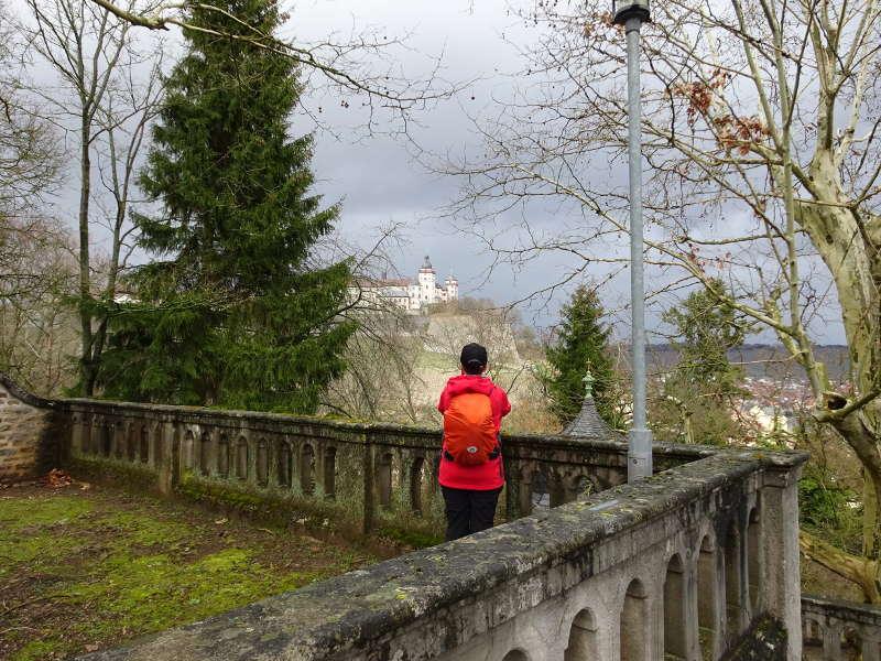 Single Blick auf Festung Marienberg vom Käppele Kreuzweg Balthasar Neumann Unterfranken Wandern