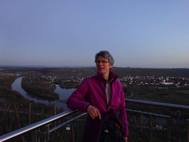 Sonja dein Wanderführer Landschaftsführer Rhön Unterfranken Mainfranken Bayern Mainschleife Vogelsburg Aussicht Event Abendessen
